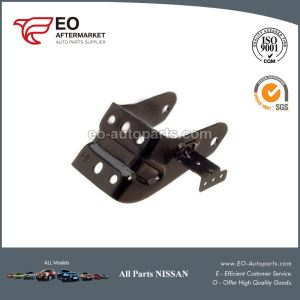 Nissan Maxima Engine Mount Bracket